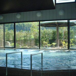 とろみ湯の平山温泉で打たせ湯も楽しみたいなら旅館善屋
